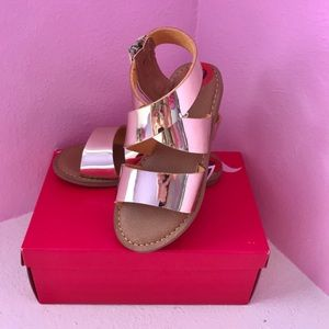 Size 10 toddler sandals